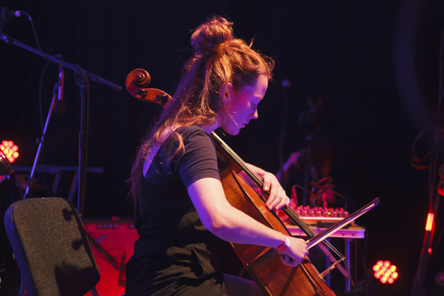 Lucy Railton at Space-Time Festival (2014). Photo by Mike Cameron. Courtesy Wysing Arts Centre.