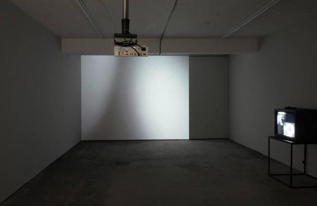 Neither (2014) @ Seventeen exhibition shot. Courtesy the gallery.