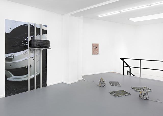 Blue Majik (2015). Exhibition view. Image courtesy L'Atelier-KRS.