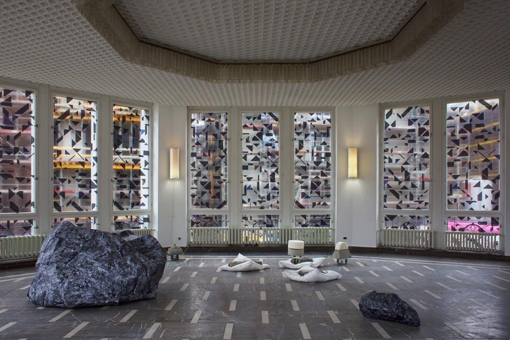 'ALPINA HUUS.' (2015). Installation view. Schinkel Pavilion, Berlin.