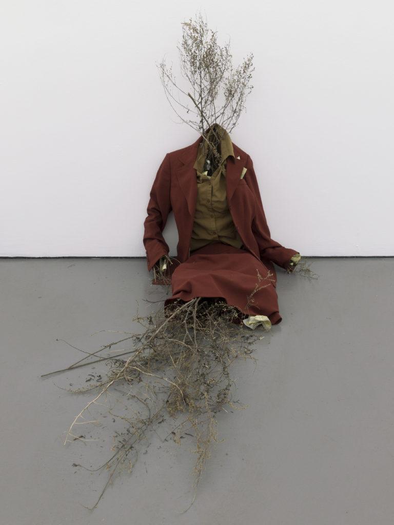 Brian Khek, 'Straw Man (Brooklyn)' (2016). Install view. Courtesy American Medium, New York.