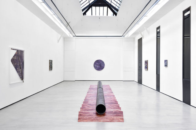 Letha Wilson, 'Surface Moves' (2016). Installation view. Courtesy the artist + Galerie Christophe Gaillard, Paris.